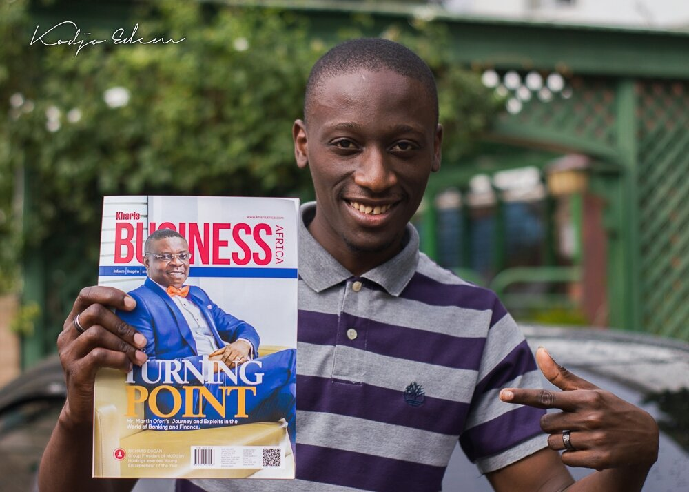 ##Grabacopynow latest issue of @kharisbusiness magazine... #turningpoint <br>http://pic.twitter.com/qztKI8whyW