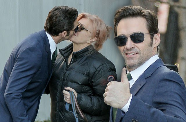 Happy BIRTHDAY Hugh Jackman and also to your exact twin also named Hugh Jackman as illustrated by this photo