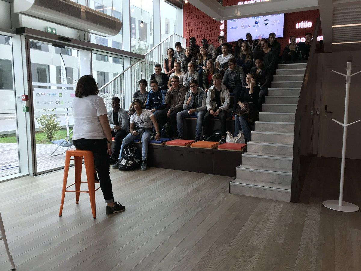 Très belle journée #MeetMyVillage au @LeVillageByCA35 ! Des speed-meetings, du networking, des visites, #OptionStartup &, surtout, de belles rencontres pic.twitter.com/yclP1Uy3OT
