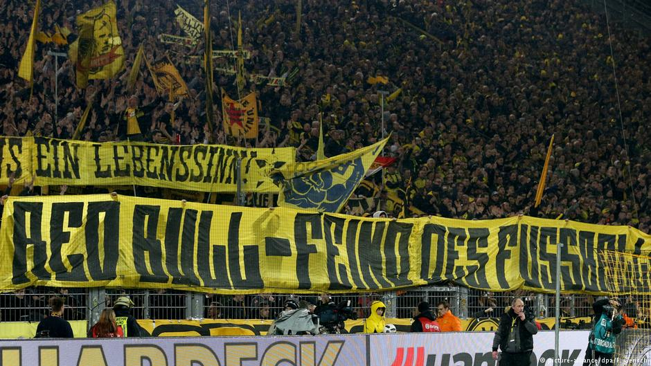 #Borussia #Dortmund supporters planning further protests against Red Bull this weekend   http:// p.dw.com/p/2lhJT  &nbsp;   #bvb #bundesliga<br>http://pic.twitter.com/1VL7NVvpoU