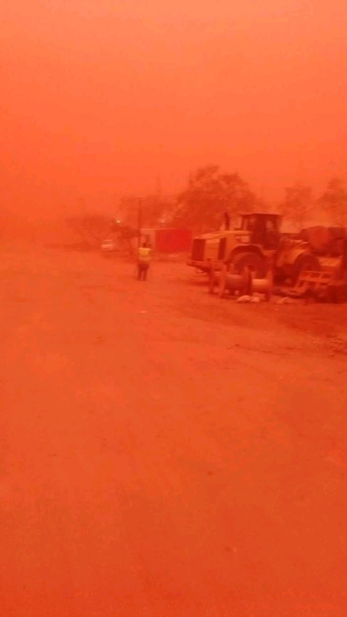 DL8pM EX0AEfDO7 - Happening now: Everywhere Is Turning Red in Kenya (See Pictures)