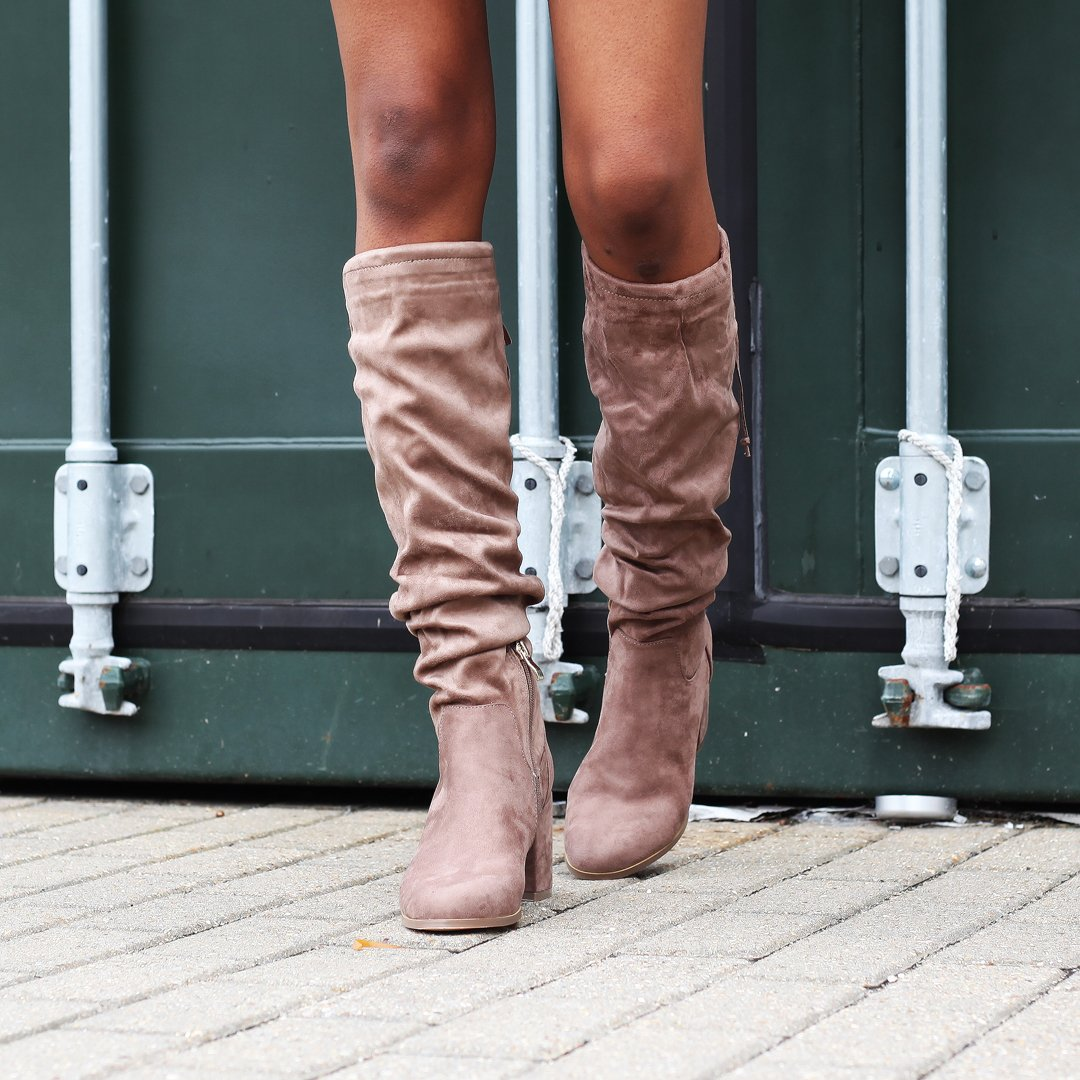 ruched knee high boots! :heart_eyes