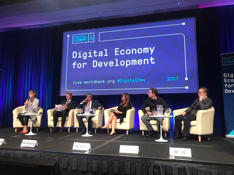 Eric Jing @WorldBank #DigitalDev Digital technology can bring huge dividends for financial inclusion. <br>http://pic.twitter.com/RNIxTsPFn9