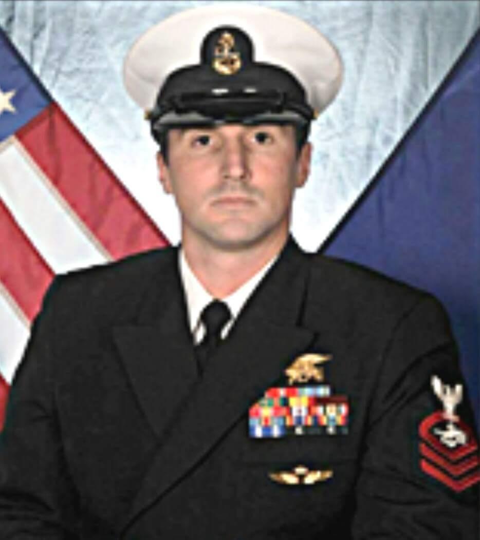 Today we #honor &amp; #remember the life of #Navy #MichaelTatham #Gonebutnotforgotten 10/12/11 from @CityofUPWA @SEALofHonor @HonoredValor <br>http://pic.twitter.com/2nU5NIrPGM