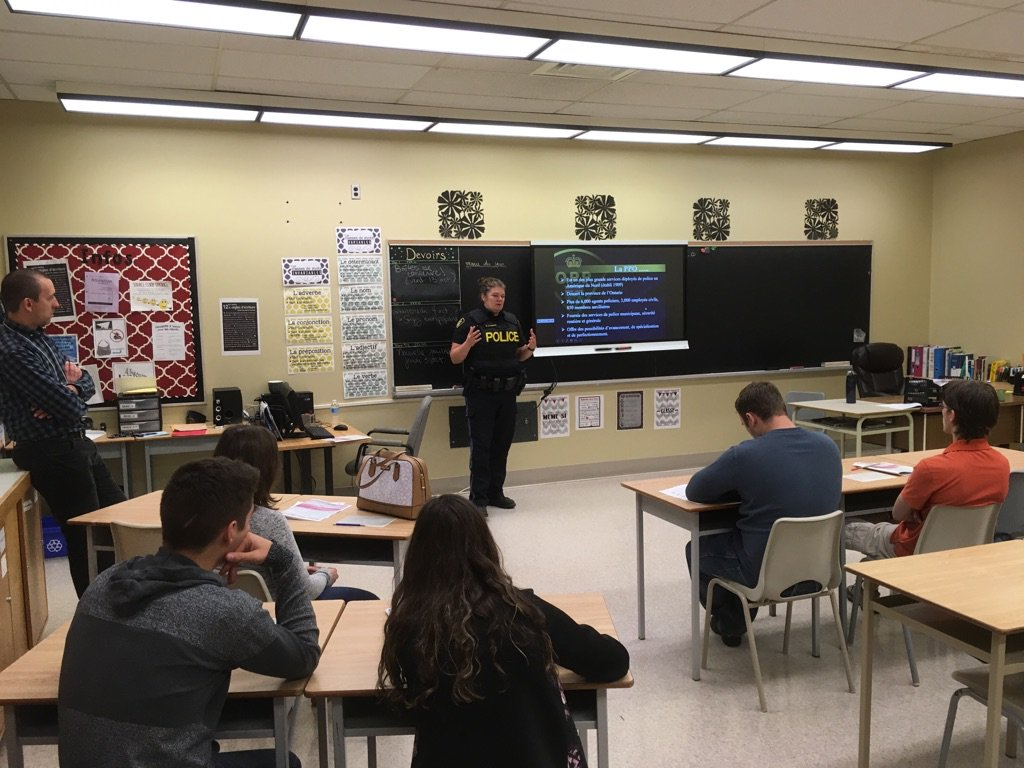 OPP SOUTHPORCUPINE Participate In Career Day At ESCT Future Police Officers Are This Room Mspictwitter DMxFMev9gq