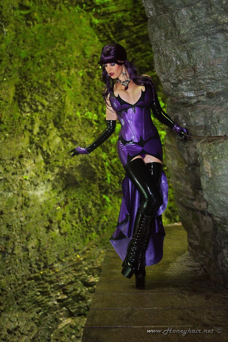 Arcane Source Latex Adrienne @Honeyhair  Full set online at  http://www. honeyhair.net  &nbsp;    http:// shop.honeyhair.net  &nbsp;   #honeyhair #witch #gown <br>http://pic.twitter.com/VFWmuPsiTk