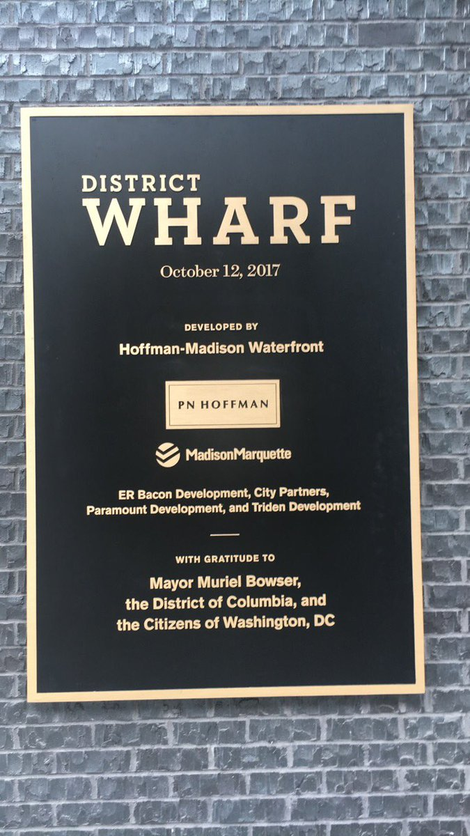 The #WharfDC kicked off with fireworks and remarks from @EleanorNorton &amp; @MayorBowser &amp; more! @WashInformer @InformerBridge<br>http://pic.twitter.com/viRRxpfzHR