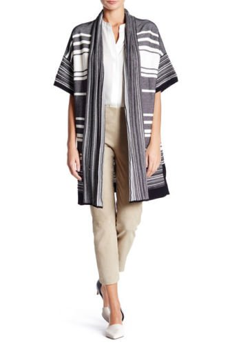 Check out Vince Black and White Long Striped Cardigan Sweater sz Small Short Sleeve #Vince  https://www. ebay.com/itm/3024858946 35?roken=cUgayN&amp;soutkn=rFgWYj &nbsp; …  via @eBay<br>http://pic.twitter.com/SLgRbeedlm