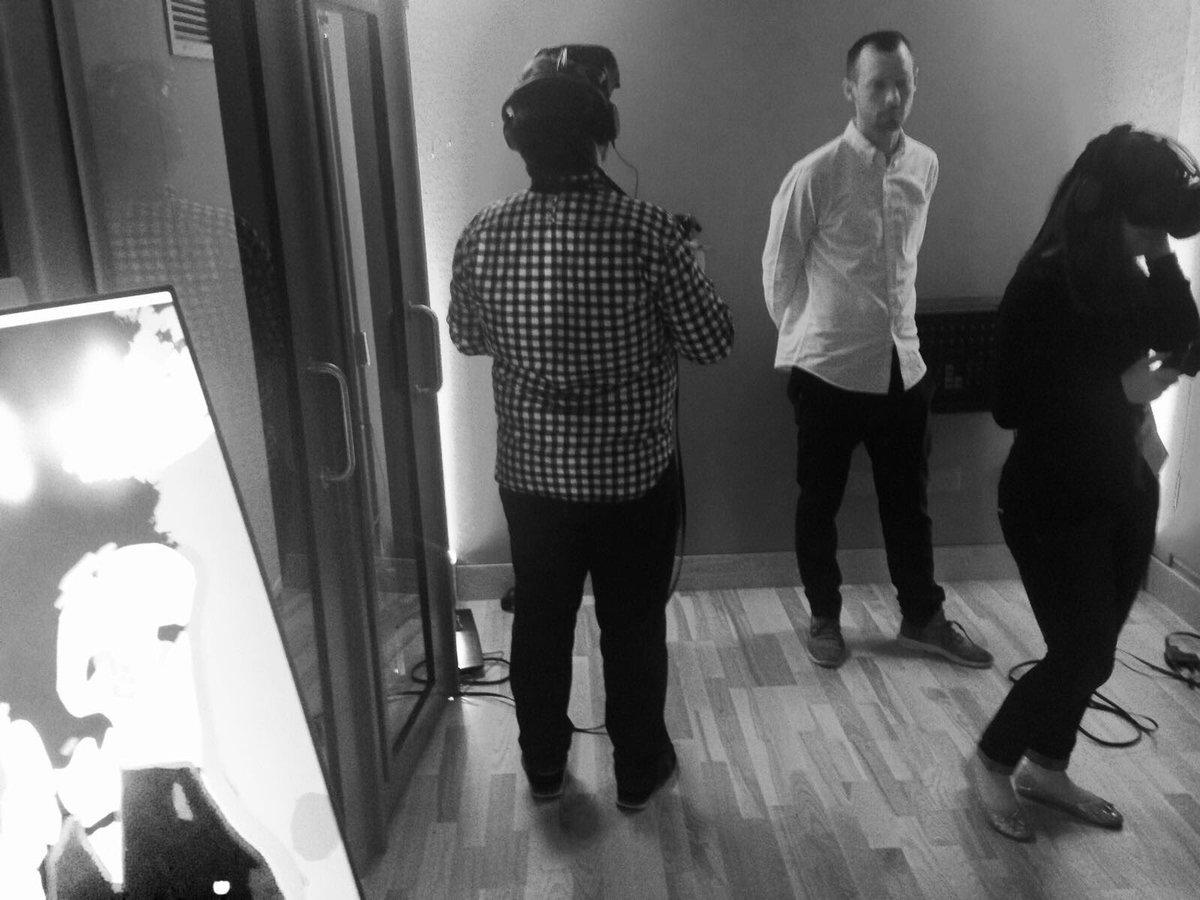 .@Google @CSM_news #VR experience at Le Crxssing Festival London-Paris #crxssing @AbbeyRoad #vivendi