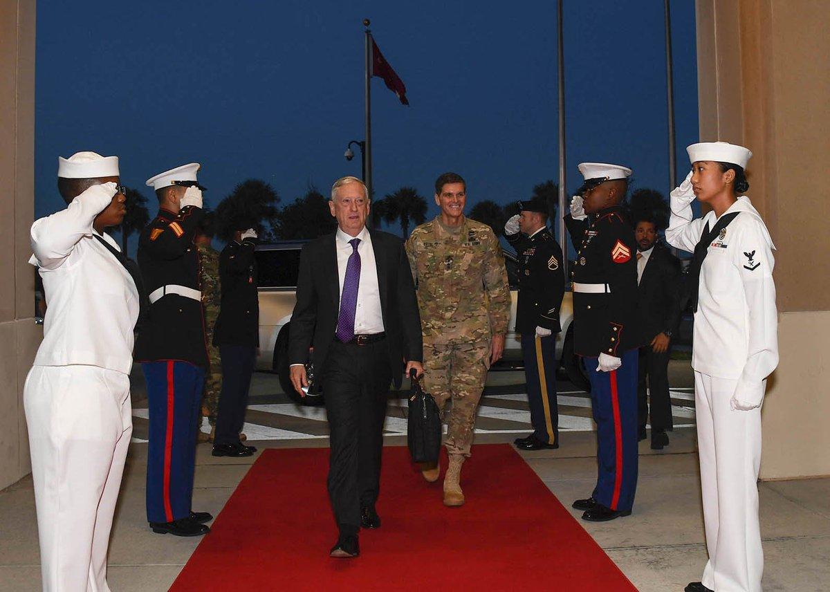 Gen. Joseph Votel, commander, USCENTCOM, welcomes #SecDef James Mattis to USCENTCOM headquarters at @MacDill_AFB @DeptofDefense<br>http://pic.twitter.com/8rnft8bJXQ