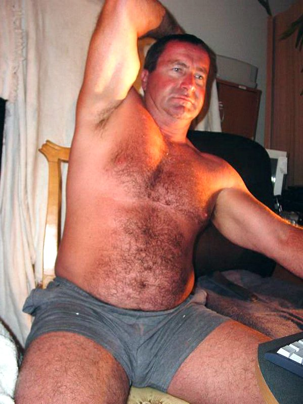 My hirsute beefy dad from  http:// GLOBALFIGHT.com  &nbsp;   #hirsute #dad #beefy #hairy #chest #legs #macho #manly #husband #noshirt #bedroom #picture<br>http://pic.twitter.com/UTBqvX90TL