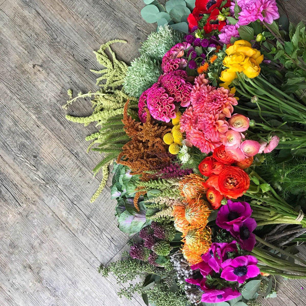 Osteria posto on twitter fall showers bring beautiful fall osteria posto on twitter fall showers bring beautiful fall flowers see you for dinner izmirmasajfo