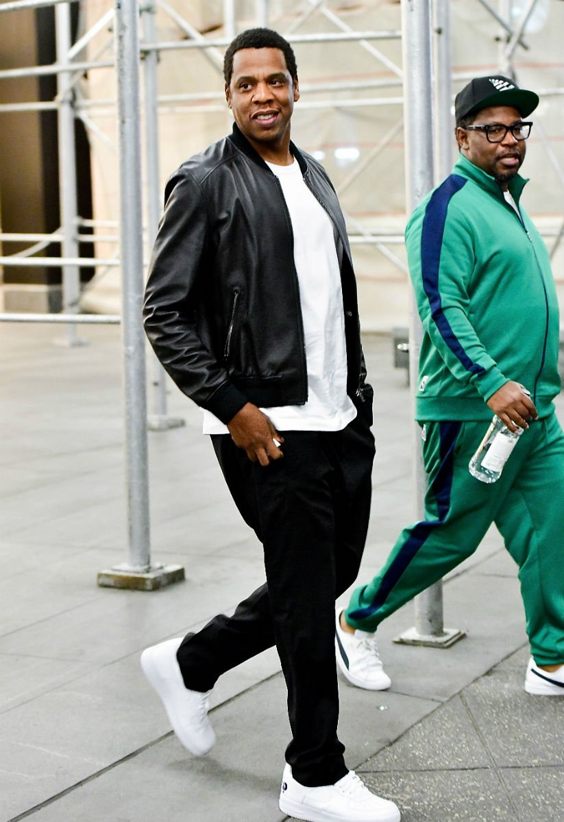 3520bf7078 ... authentic snlpremiere performer sc spotted in the rocafella nike air  force 1 low 4465b b1ae9