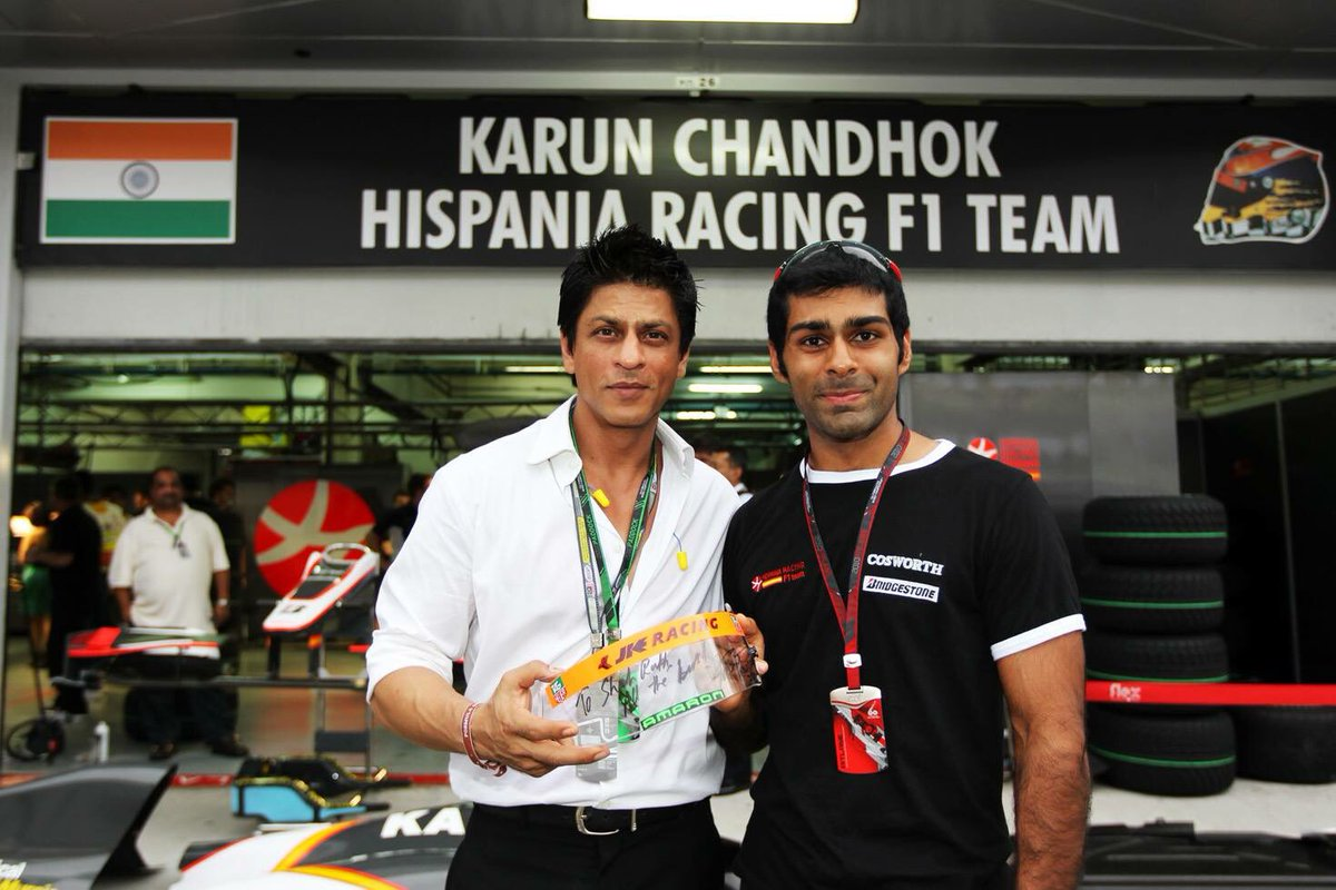 Another #TBT to the 2010 #MalaysianGP when Bollywood badshah Shah Rukh Khan @iamsrk came to visit! https://t.co/fvdu7biIjs