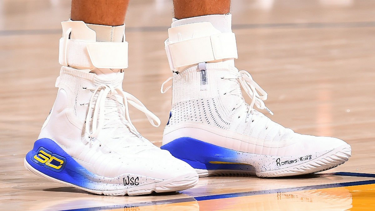 5a6842ba9dd solewatch   stephencurry30 wearing the under armour curry 4 ...
