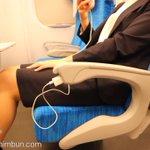 朗報!新幹線で窓側ではない席でもコンセントが使えるように!