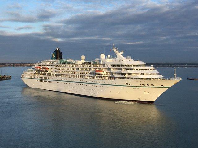Portsmouth Port On Twitter Welcome Back PhoenixReisen Cruise - Cruise ship amadea