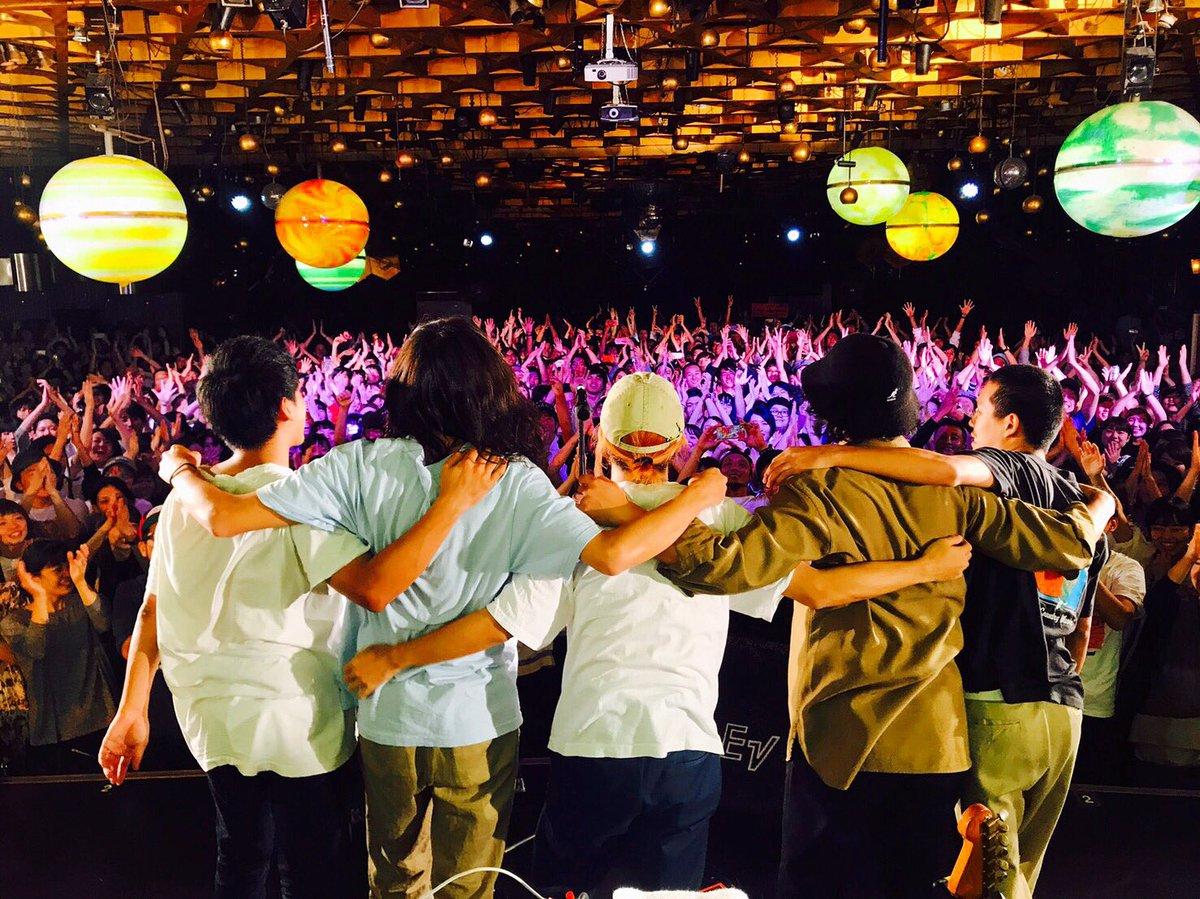 ワンマンツアー大阪1日目でした。初先発のフェンダージャガーがなかなかの突き抜けサウンドをかましてたんじゃないかと思います。明日の追加公演に備えU2のPride聴いて気持ちを高めています。明日も味園で楽しみましょ。