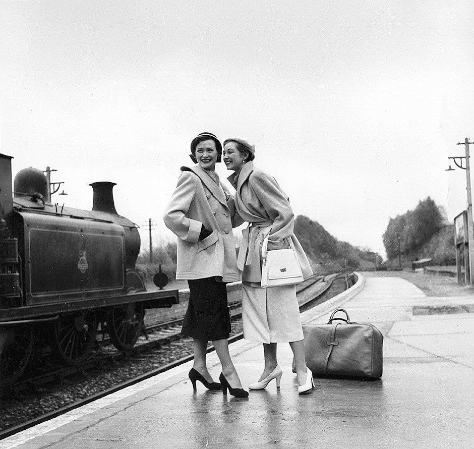Lee Miller - 1955 #photography  rt @MatyldaStein   https://t.co/hPKIL0iMVu