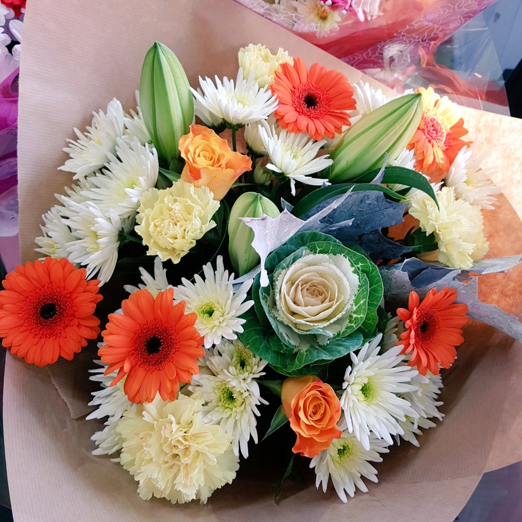 Fantasia Florists On Twitter Some Of Our Lovely Bouquets Going Out This Windy Morning Monday Flowers Florist Newcastle Byker Heaton Autumn Https T Co D9ishpsdtl