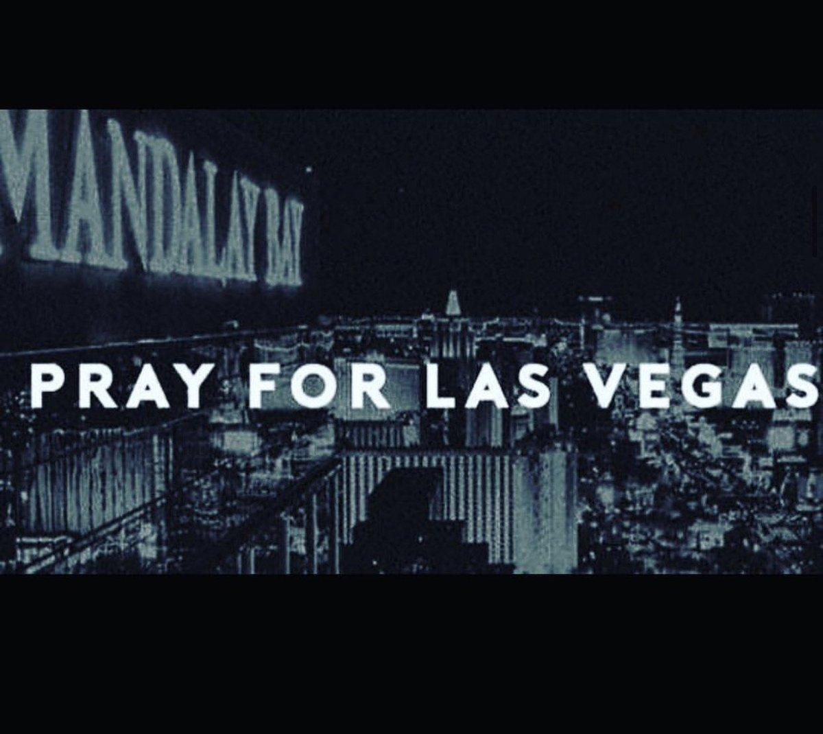 #prayforlasvegas #vegas https://t.co/5fv33unMWm