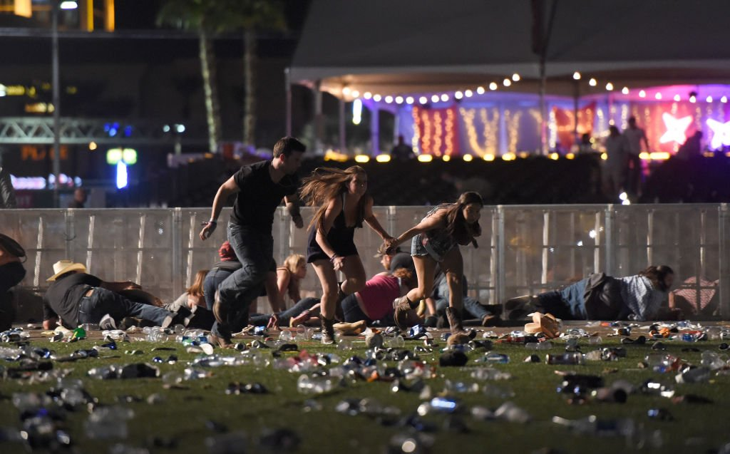 PLEASE SHARE:  If you're looking to reach someone in Las Vegas following the mass shooting, call 1-866-535-5654. https://t.co/LFFDZkxm8g