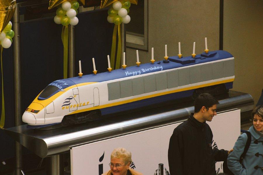 DLIW1P5W0AU4dyn - Eurostar at 25
