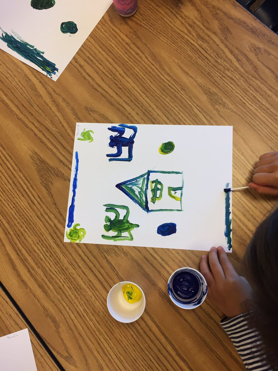 We can mix blue and yellow to make green! <a target='_blank' href='http://search.twitter.com/search?q=HFBTweets'><a target='_blank' href='https://twitter.com/hashtag/HFBTweets?src=hash'>#HFBTweets</a></a> <a target='_blank' href='https://t.co/ErXg0SUFfK'>https://t.co/ErXg0SUFfK</a>