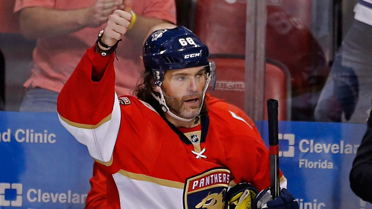 BREAKING: The #Flames have agreed to terms with Jaromir Jagr on a one-year deal.   https://t.co/0cbWzhh6FN