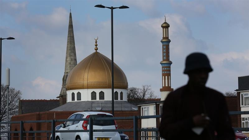 UK man charged after Muslim teenager stabbed at Birmingham mosque https://t.co/tUakHSFoie