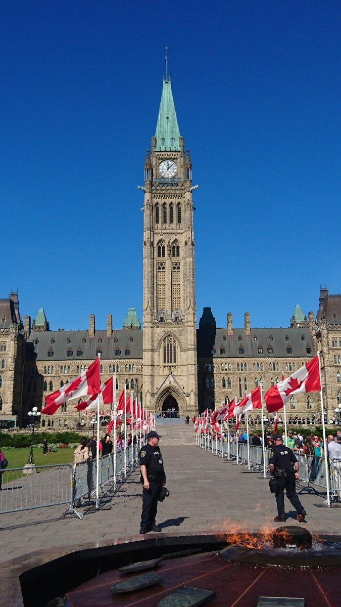 新しいカナダ総督の就任式。今度の総督はカナダで二人目の女性宇宙飛行士です。#Ottawa #オタワ #Canada150