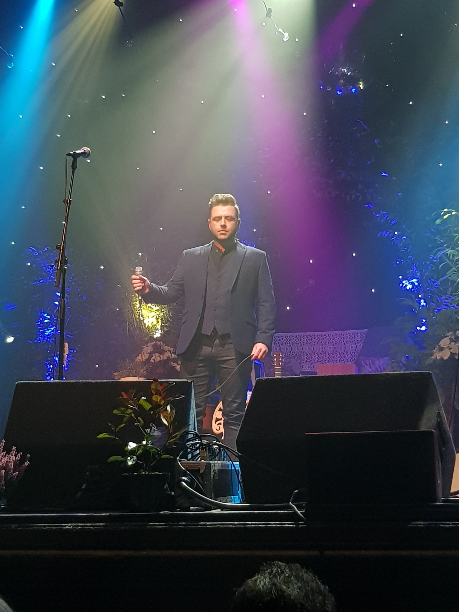RT @MFeehilyMusic: Thank you so much for this! 🌟❤️😊 RT @beanie1503: @MarkusFeehily @russellcrowe @IGPmusic  https://t.co/iHMZNCAdDo