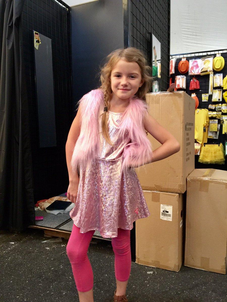 0 replies 1 retweet 1 like - Halloween Stores In Huntington Wv