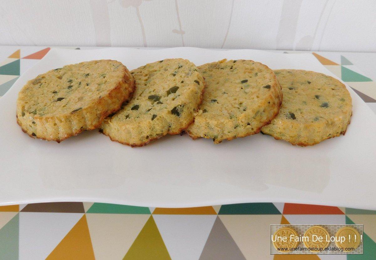 Galettes de boulgour et courgettes   http:// unefaimdeloup.eklablog.com/galettes-de-bo ulgour-et-courgettes-a131941140 &nbsp; …  #blog #recette #legume #vege #boulgour #courgette #faitmaison #cuisine #repas <br>http://pic.twitter.com/IUpDoKnpQR
