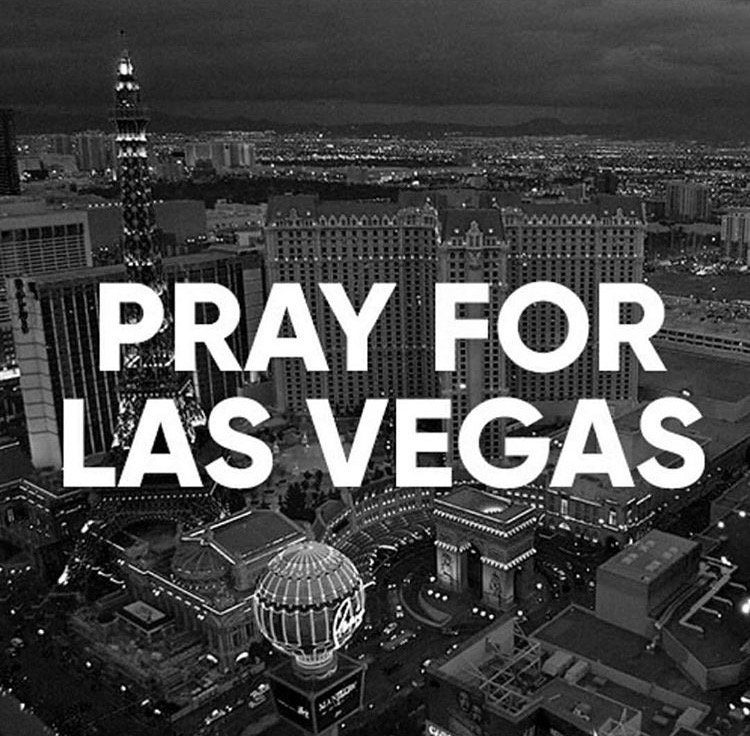 😔  #PrayForLasVegas https://t.co/30svQlP...