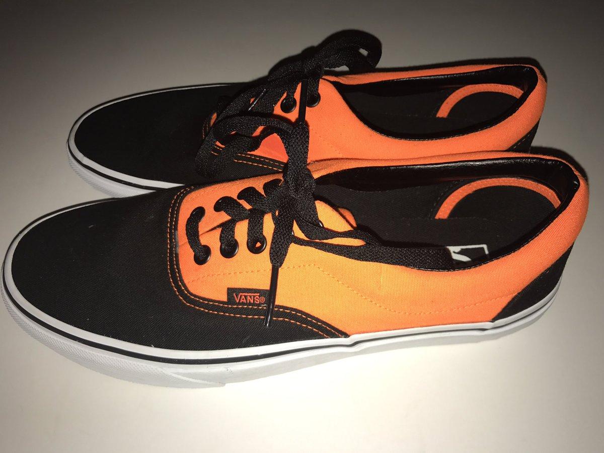 f05b259061ac vans shoes men black hashtag on Twitter