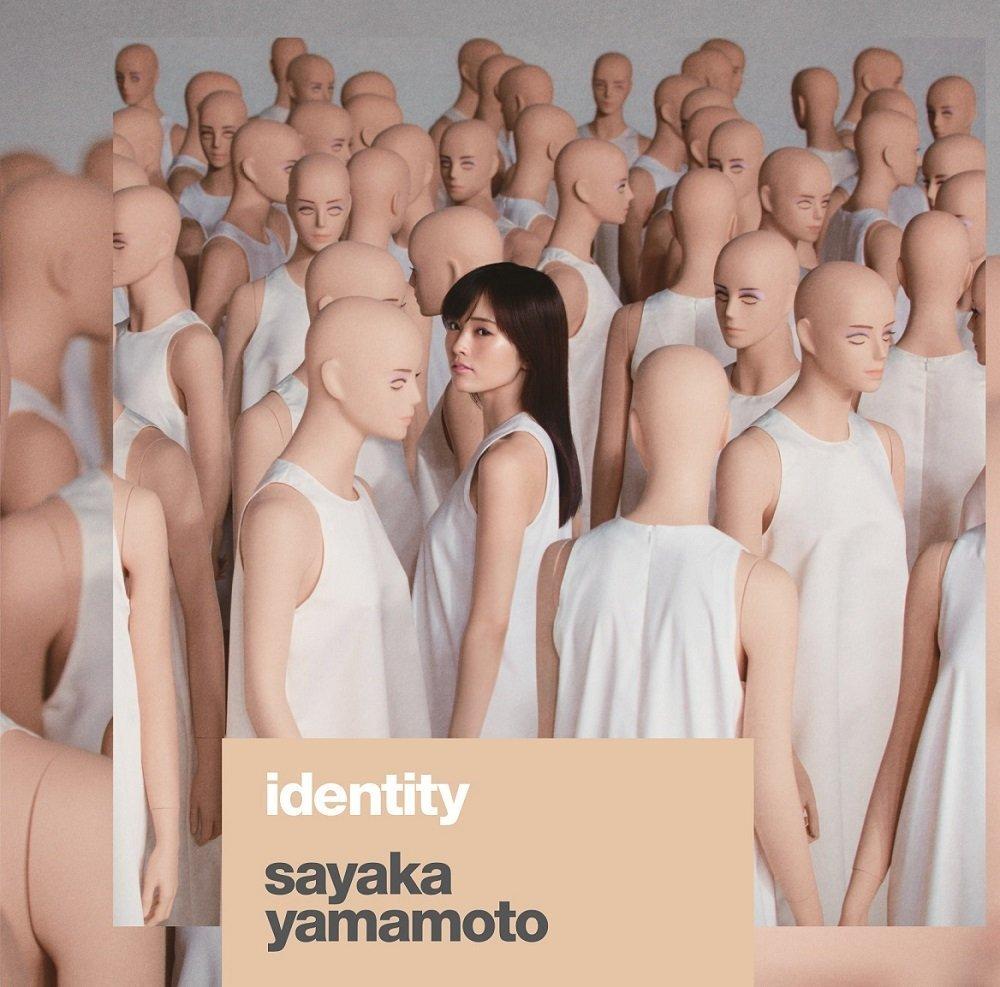 本日10月3日は山本彩2ndアルバム「identity」のフラゲ日!今回のアルバムも豪華制作陣が集結!そしてカバーにも挑戦。山本自身が作詞、作曲した曲もあり盛り沢山の内容となっています。是非チェックしてみてくださいね!yamamotosayaka.jp pic.twitter.com/A1ufePCnHr