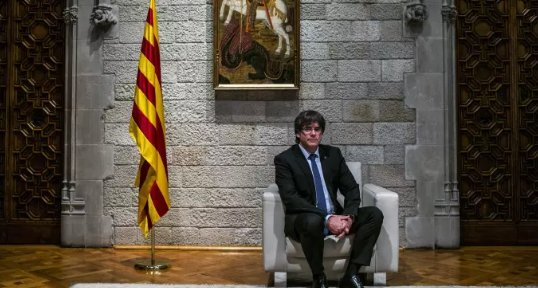 The Catalan president evaded helicopters tracking him by parking under a bridge and swapping cars so he could vote https://t.co/W6T3ElVi88