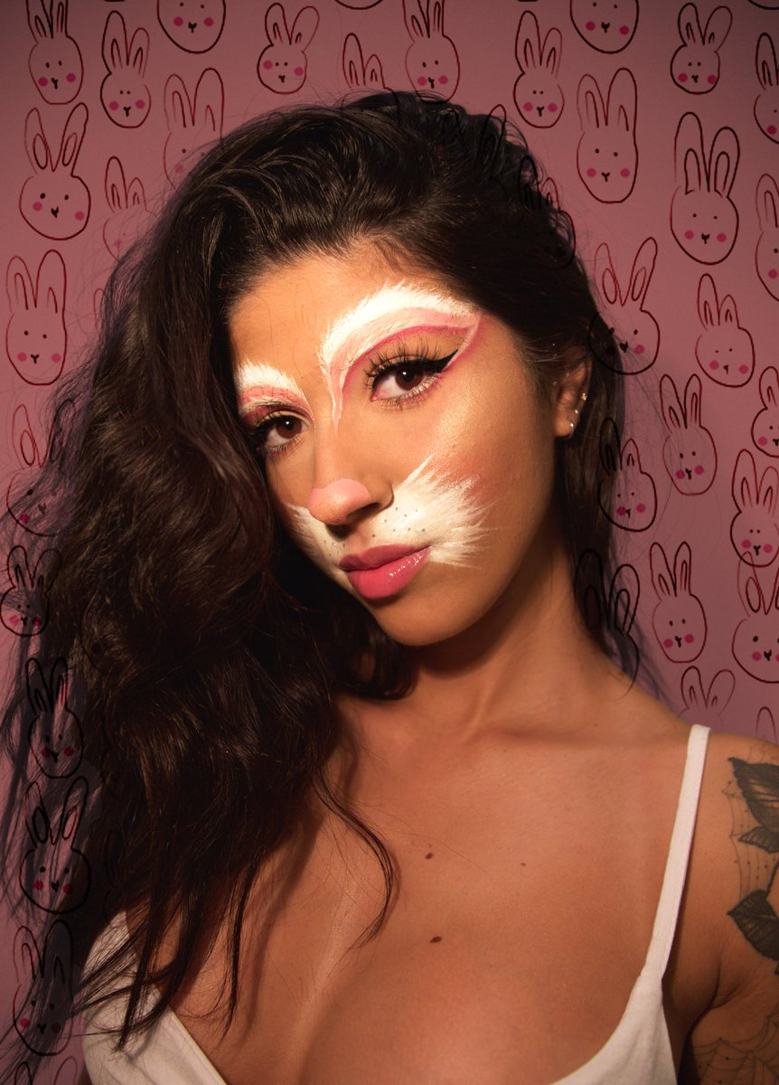 puppy on twitter dont be a boring bunny for halloween be a fun bunny httpstcogmwtqaid9h