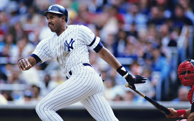 Happy Birthday to Dave Winfield who turns 66 today!