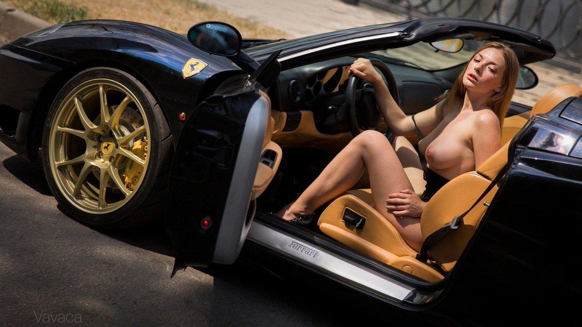 Позы в авто голый девушки, порно жена изменяет с молодым