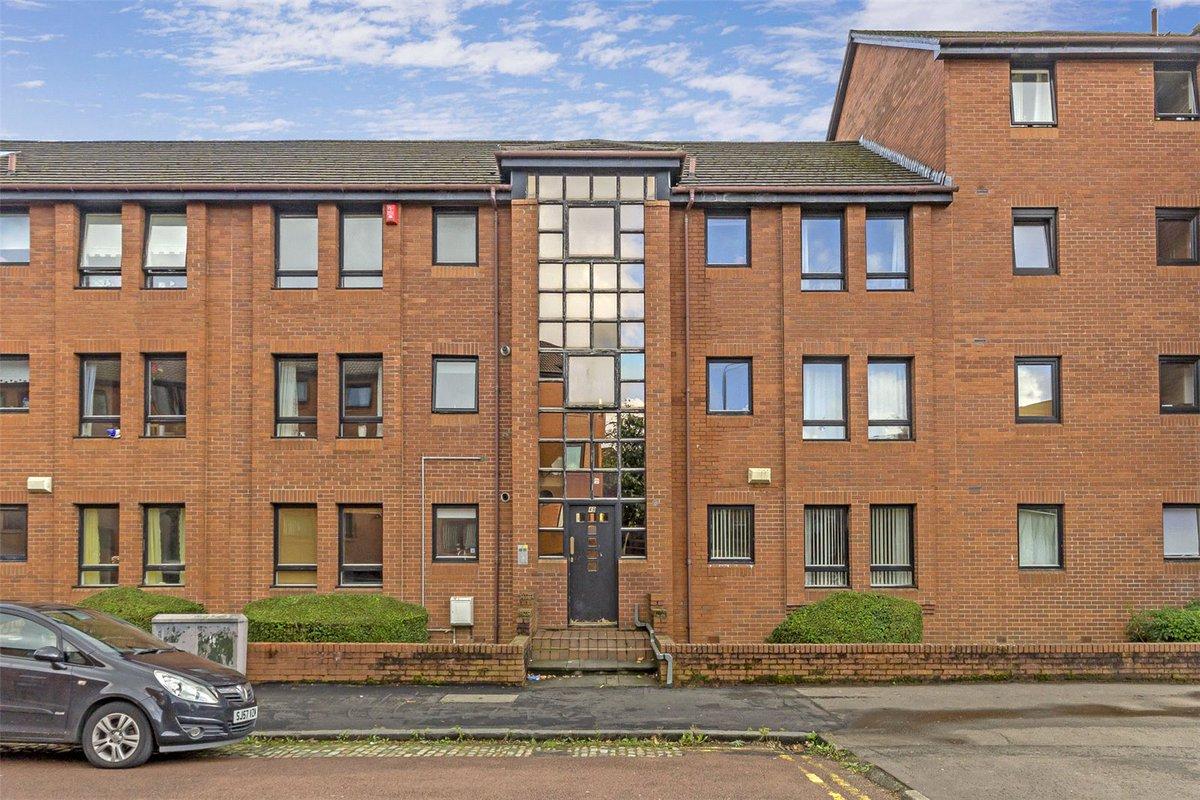 Flat 1/1, 49 Trossachs Street, North Woodside - Offers over £97,500 @AC_Glasgow #GlasgowNews #PropertyMarket   https://www. acandco.com/property/detai ls/aacrps-GLB170078/Flat-1-1-Trossachs-Street-North-Woodside-Glasgow-G20-7DA &nbsp; … <br>http://pic.twitter.com/yOG0jiHLiR