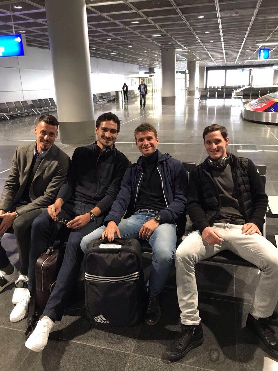 Trip to the @DFB_Team #diemannschaft #germany #esmuellert https://t.co...