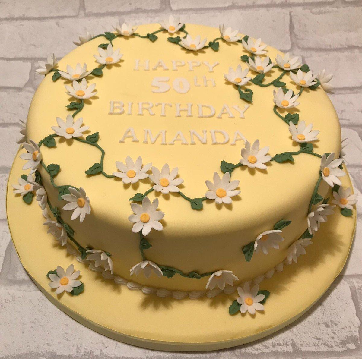 Peachy Little Flower Cakes On Twitter Pretty Daisy Birthday Cake Funny Birthday Cards Online Alyptdamsfinfo