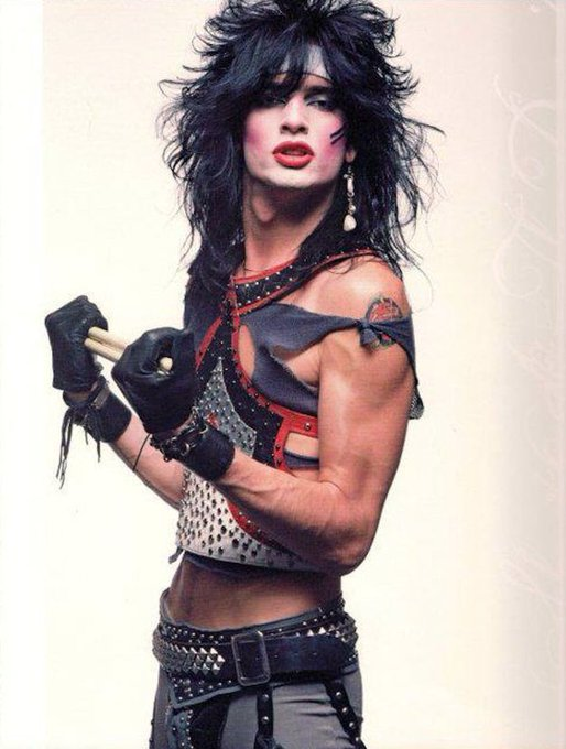 Happy birthday to drummer, Tommy Lee!