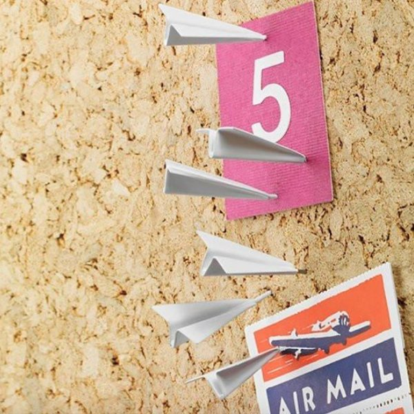 Metal Paper Airplane Push Pins ►  http:// bit.ly/2k91dID  &nbsp;   #airplane #pushpins #desk #memo #note #geekyget<br>http://pic.twitter.com/Gaz0JmLmMS