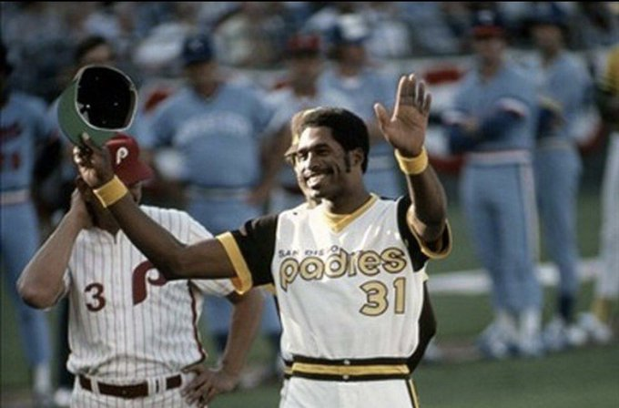 A Happy Birthday to former Outfielder and Hall of Famer Dave Winfield