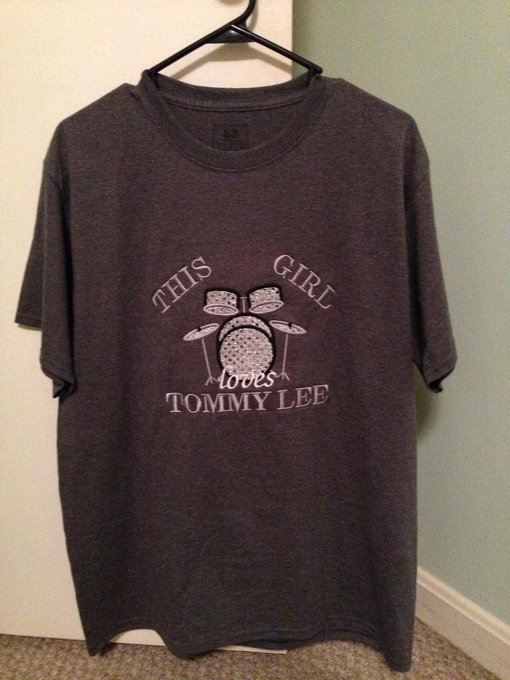 Happy Birthday Tommy Lee!!! I will wear this shirt in your honor today!! Best drummer ever!!!