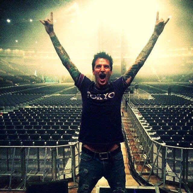 Happy birthday to that lovable always in the moment havin fun in life Tommy Lee. Oct 3rd Happy birthday bro.