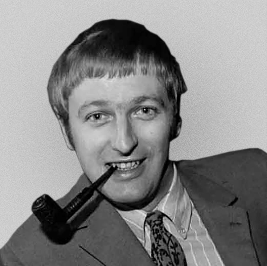 &quot;I hope I will have achieved something lasting.&quot; Graham Chapman (8/1/1941 - 4/10/1989) #GrahamChapman @montypython #MontyPython<br>http://pic.twitter.com/kkRMAbzdAL